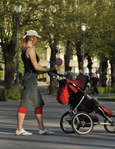 Walking with the stroller for triceps workout_side view