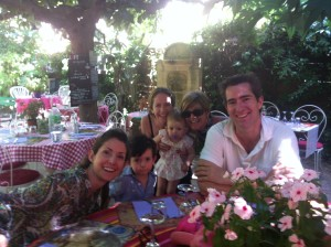 Princess Ivana Pignatelli Agarona Cortes with the Family