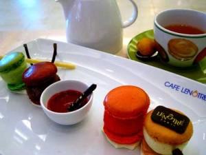le-notre_cafe_macarons